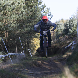 Photo of Jamie CHARLTON (vet) at Cwmcarn