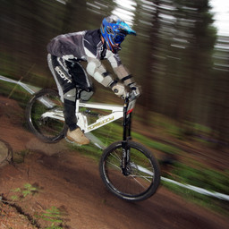 Photo of Mark MACIVER at Dunkeld