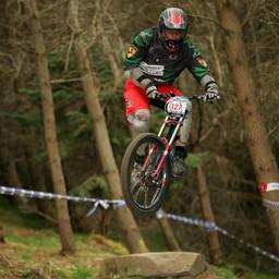 Photo of Simon PARKINSON at Innerleithen