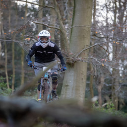 Photo of Mark THOMPSON (fun) at Queen Elizabeth Country Park