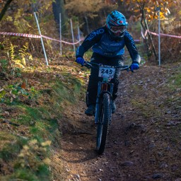 Photo of Ellie DEWDNEY at Stile Cop