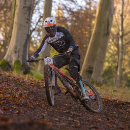 Photo of Tom DUNN (1) at Queen Elizabeth Country Park