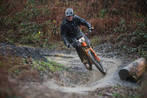 Photo of Lee MITCHELL (vet) at BikePark Wales