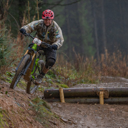 Photo of Ian DAVIS at BikePark Wales