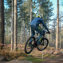 Photo of Charlie EARLEY at Stile Cop