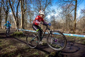 Photo of Niamh WATERS at Cathkin Braes