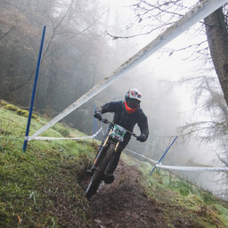 Photo of Richard BINNS at Innerleithen