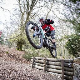 Photo of Simon WAKELY at Queen Elizabeth Country Park