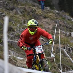Photo of Mark NEAL (vet2) at Rheola