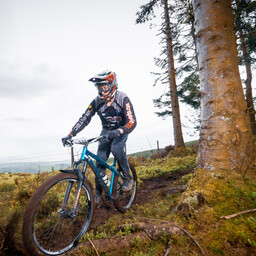 Photo of Martin ROBERTS (mas) at Dyfi Forest