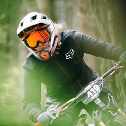 Photo of Rebecca ROTHWELL at Greno Woods