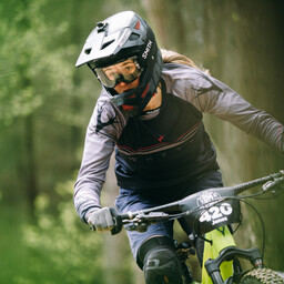 Photo of Ellie JONES at Greno Woods