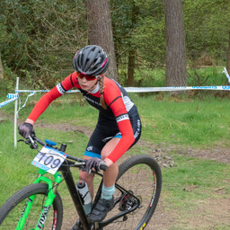 Photo of Eva NEWBY at Linlithgow