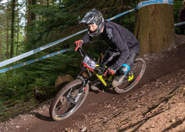 Photo of Garry BELL at Ashcombe