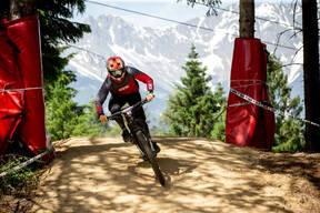 Photo of Adrien LORON at Innsbruck
