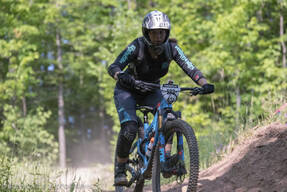 Photo of Anouchka LEWIS at Blue Mtn