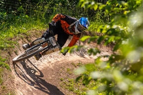 Photo of Brian DYCE at Blue Mtn