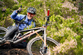Photo of Alistair DAVIES at Hill of Fare