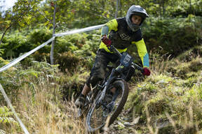 Photo of Darren MANSELL at Llangollen