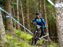 Photo of Andrew LOCHHEAD at Innerleithen