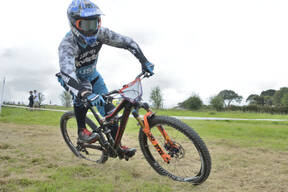 Photo of Scott BEAUMONT at Falmouth 4x