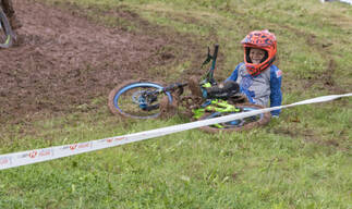 Photo of Oakley HOLLOWAY at Redhill