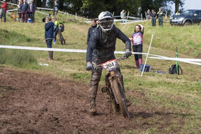 Photo of Will MILLS at Redhill