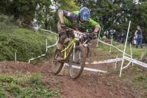 Photo of Zac HUDSON at Redhill