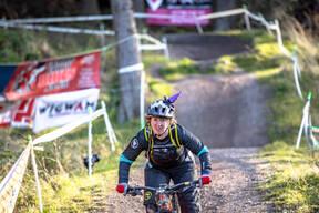 Photo of Amanda ROBERTSON at Perth