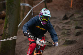 Photo of Ben DEAKIN (OiOi) at Wind Hill
