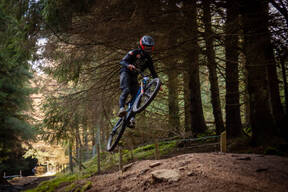 Photo of Ross ENNIS at The GAP