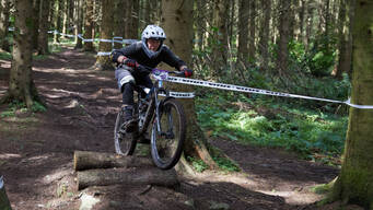 Photo of Mark MAGUIRE (gvet) at Bigwood
