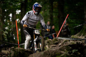 Photo of Gee ATHERTON at Maribor