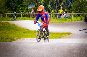 Photo of Lexie CAIRNS at Coppull BMX