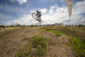Photo of an untagged rider at Falmouth 4x
