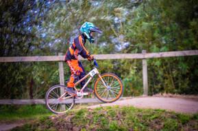 Photo of Elliott LAURIE at Mid Lancs BMX